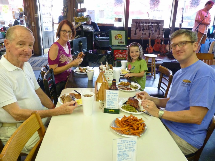Dick, Kymberlee, Evie & Paul at Pucketts - Leiper's Fork, TN - 2 Aug 2014