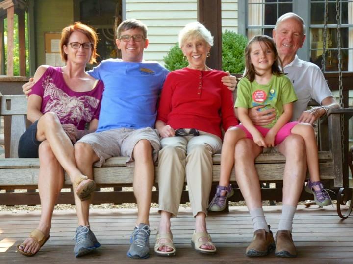 Kymberlee, Paul, Martha, Evie & Dick - Leiper's Fork, TN